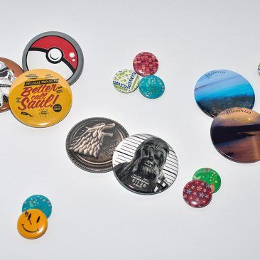 Badges and fridge magnets